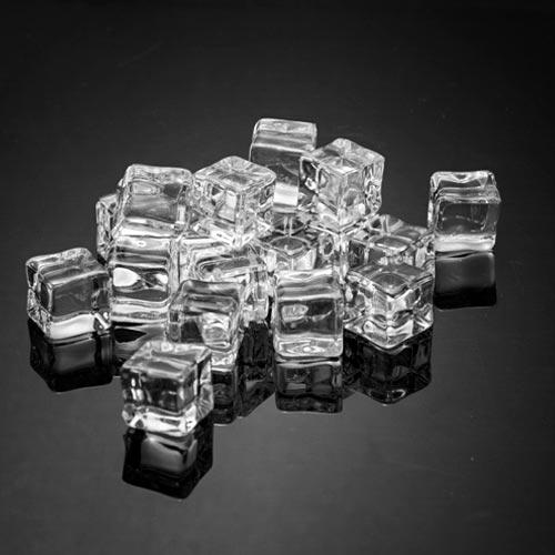 沉水 方形 假冰塊 1.5 cm (20粒)