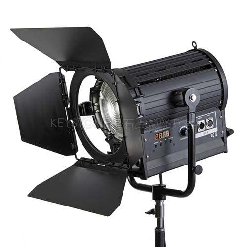Mettle 200W 菲涅爾聚光燈(無風扇)