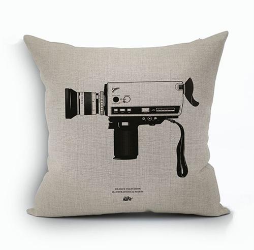 創意相機圖案抱枕套(8釐米攝影機)