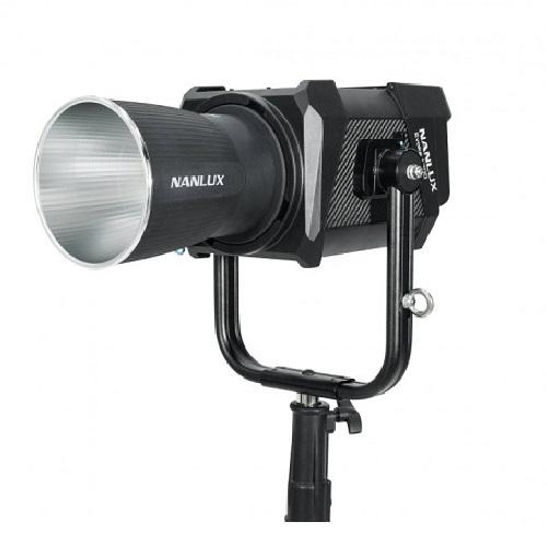 NANLUX EVOKE-1200W  LED單色溫聚光燈